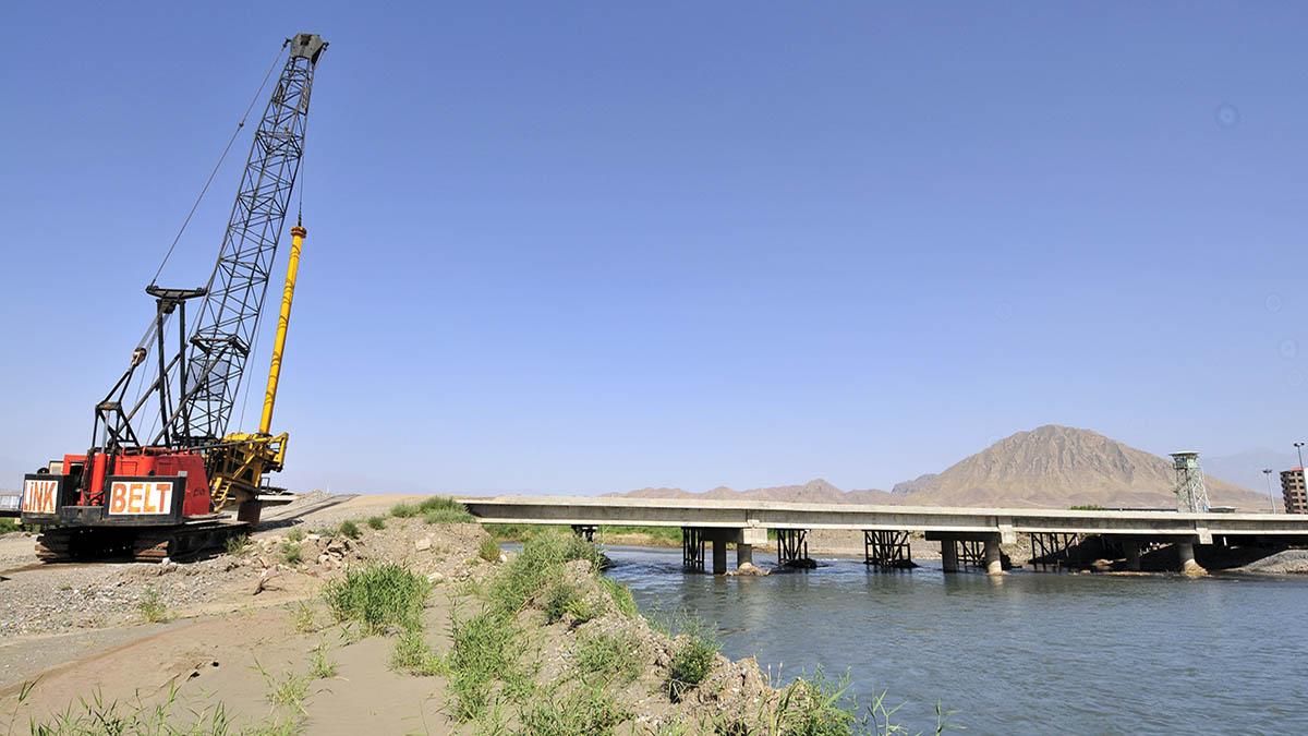 Jolfa Border Bridge