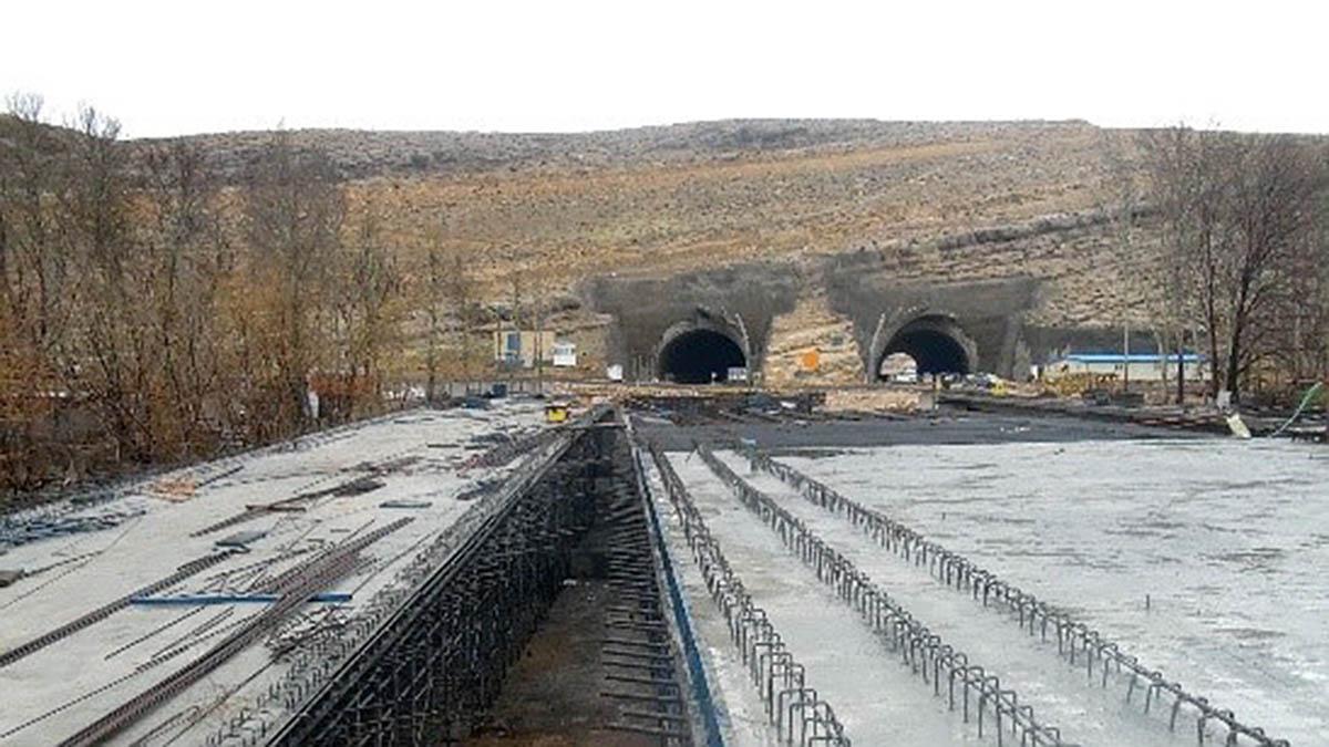 Koohsar Mahdi Expressway